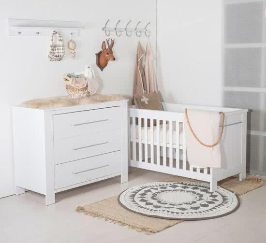 tijdloos babykamer prachtige accessoires