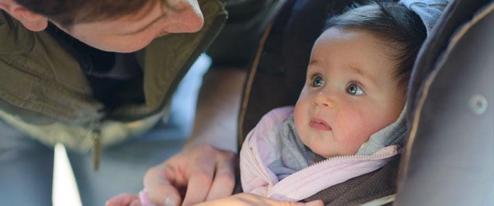 Zonder gecheckt autostoeltje geen baby mee naar huis