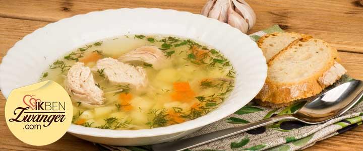 Snelle pittige kippensoep recept koken