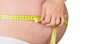 Beräkna och jämföra graviditet i bukomkretsstillväxt per vecka