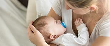 De eerste weken met de baby het moederschap onderschat en overschat