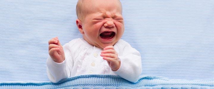 6 slaapfeiten over pasgeboren baby
