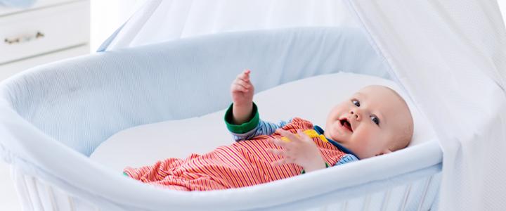 Wonderbaarlijk Veilig slapen: waar let je op bij een babybedje? Wiegje, of ledikant? JC-22